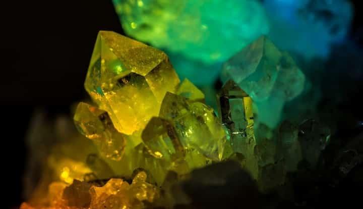 cristal de roche couleur