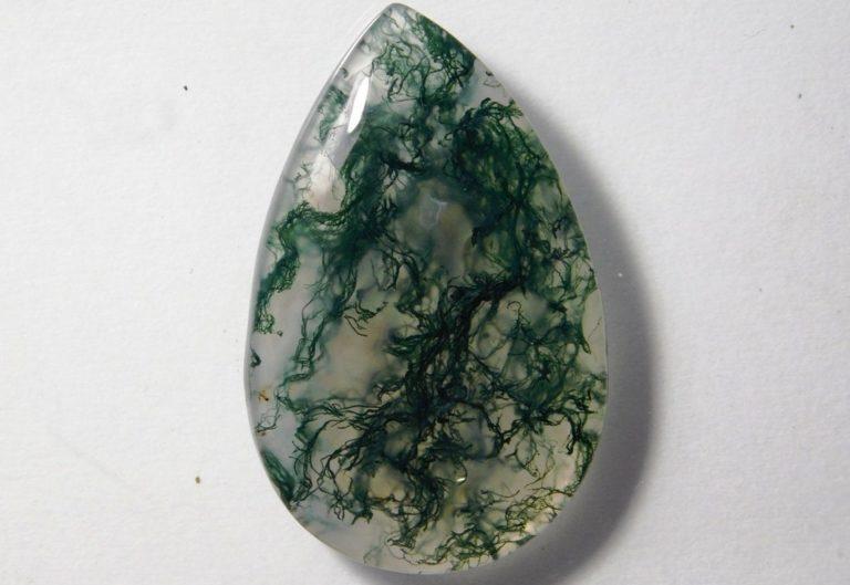 Agate mousse : vertus et propriétés de la pierre